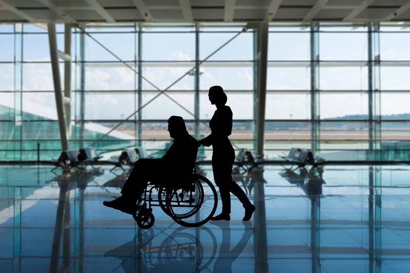 Menschen, die eine Behinderung haben, sollen sich auf dem Flug wohlfühlen.