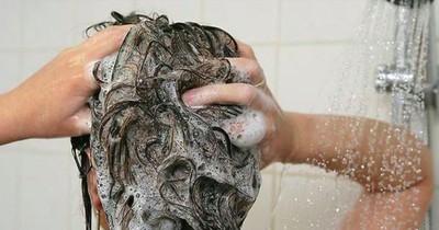 Nie wieder fettige Haare – du musst nur das beachten