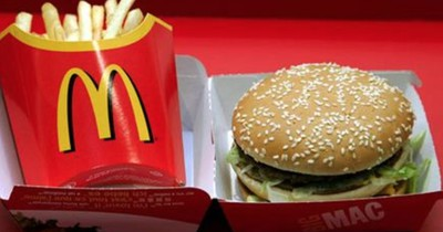 Deshalb solltest du bei McDonald's zwei Burger bestellen