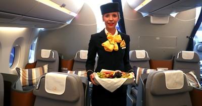 5 Dinge, auf die Flugbegleiter achten