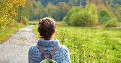 Wie lernst du als Alleinreisender am besten neue Leute kennen?