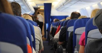 Flug mit Kleinkind: Das ist zu beachten