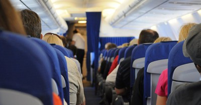 Was passiert, wenn jemand an Bord eines Fluges stirbt?