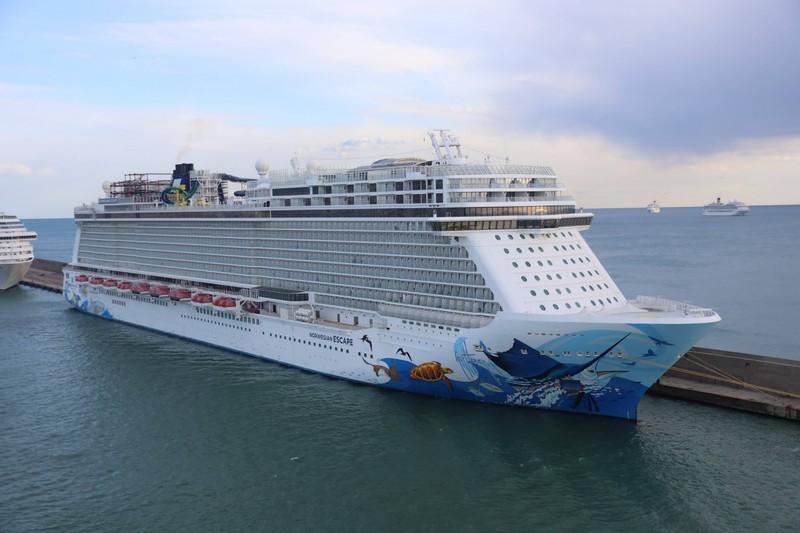Die großen Reiseschiffe produzieren Unmengen an Abwasser!