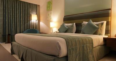 Vier Tipps für ein gemütlicheres Hotelzimmer