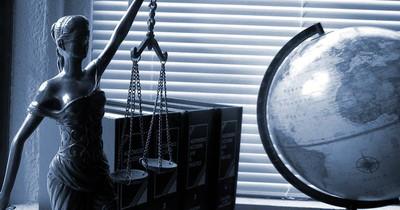 Absurde Gesetze aus der ganzen Welt