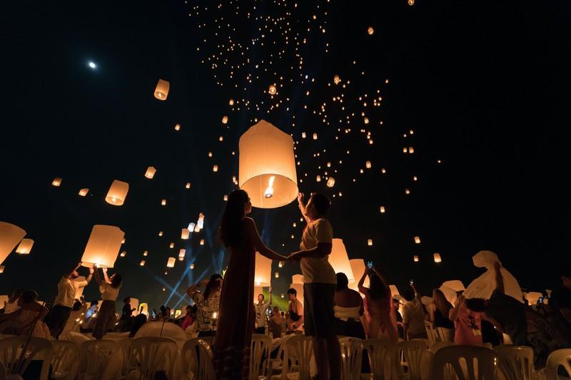Das Lichterfest ist eine echte Sehenswürdigkeit in Thailand!