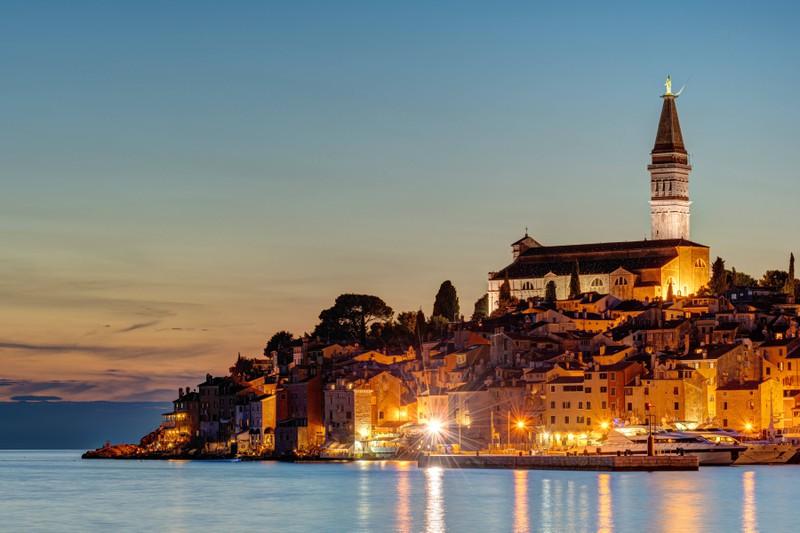 Rovinj ist einer der schönsten Orte an der Adria und eine Reise wert