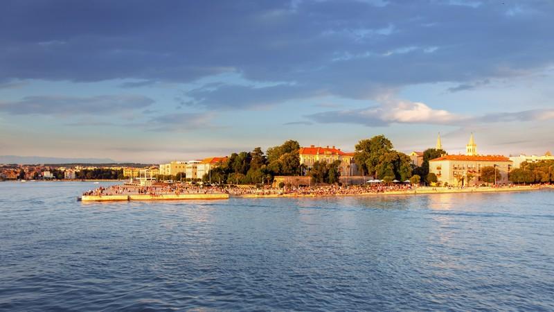 Die Hafenstadt Zadar bietet eine Vielzahl an Besichtigungsmöglichkeiten.
