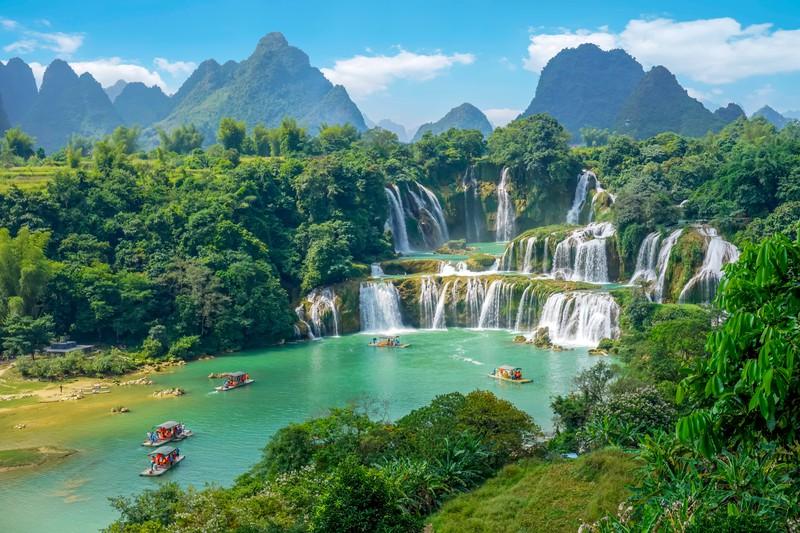 Man sieht Vietnam und es geht um günstige Reiseziele weltweit.