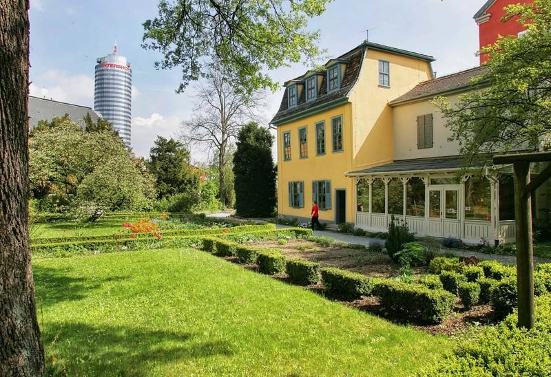 Jena ist eine Universitätsstadt in Thüringen