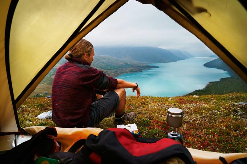 Morgens in Norwegen beim Campen