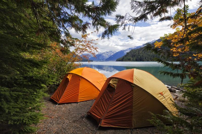 Zelten am Fluss in Kanada