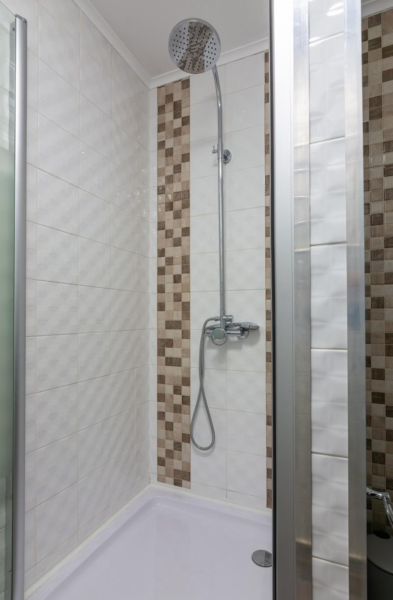 Dusche in einem Hostel
