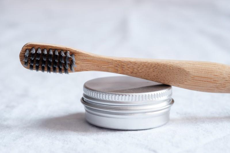 Nachhaltige Zahnbürste aus Bambus