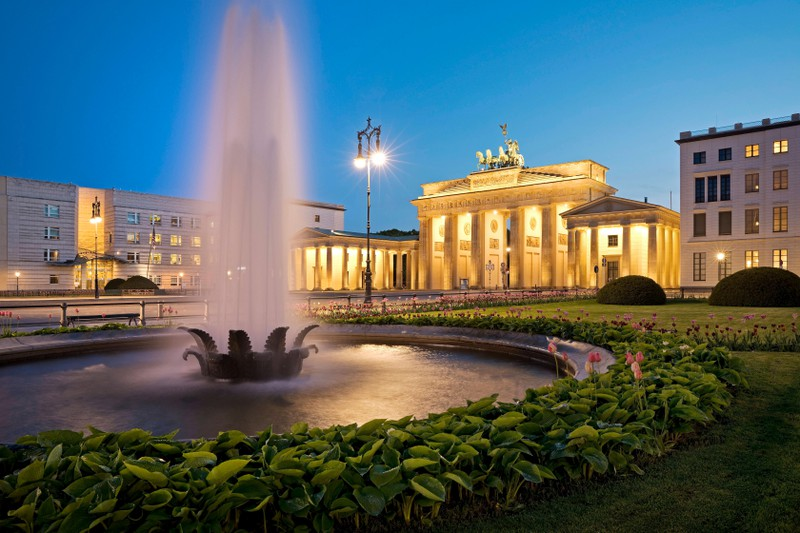 Das Brandenburger Tor in Berlin ist eines von vielen beliebten Tourismuszielen.
