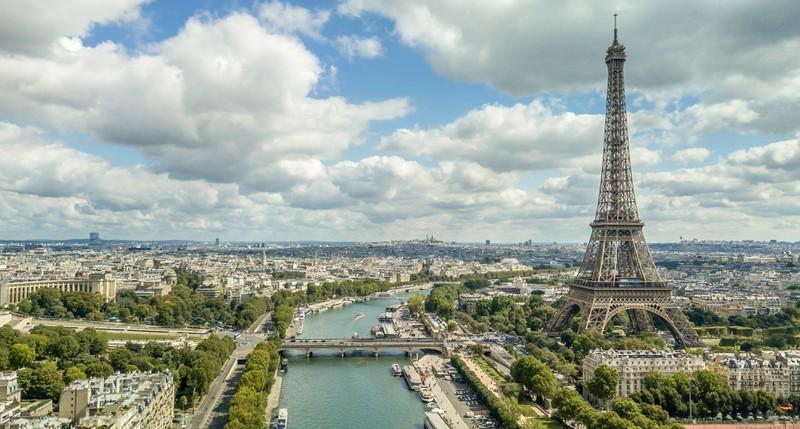 Neben dem bedeutenden Eiffelturm gibt es in Paris einiges zu sehen.