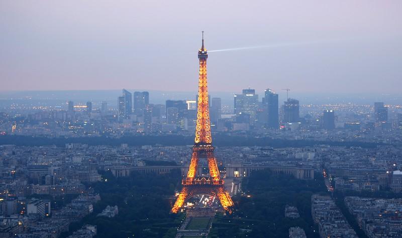 Das Wahrzeichen von Paris ist das Reise-Ziel für viele Verliebte in Europa