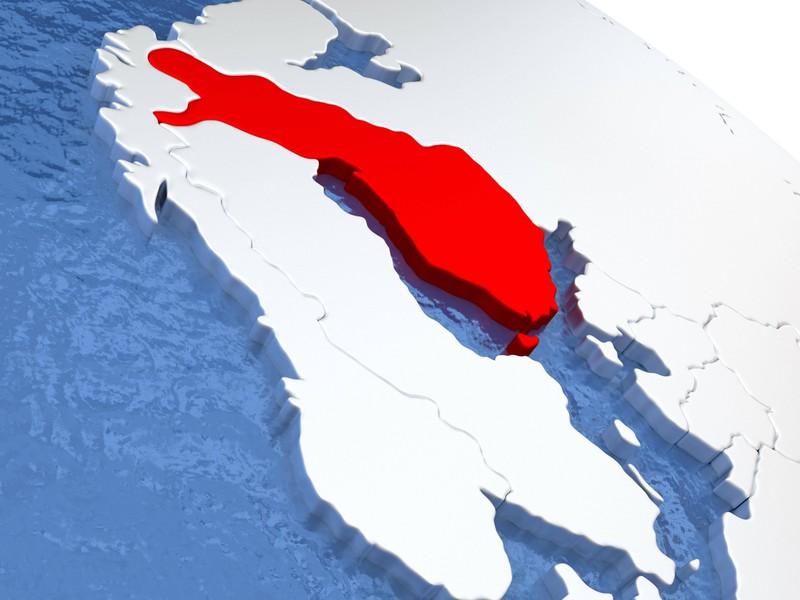 Ein skandinavisches Land am Meer nur Umriss