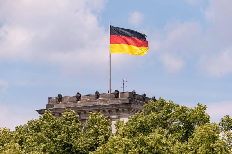 Die deutsche Flagge hat drei verschiedenen Farben, die im Erdkunde-Quiz abgefragt werden.