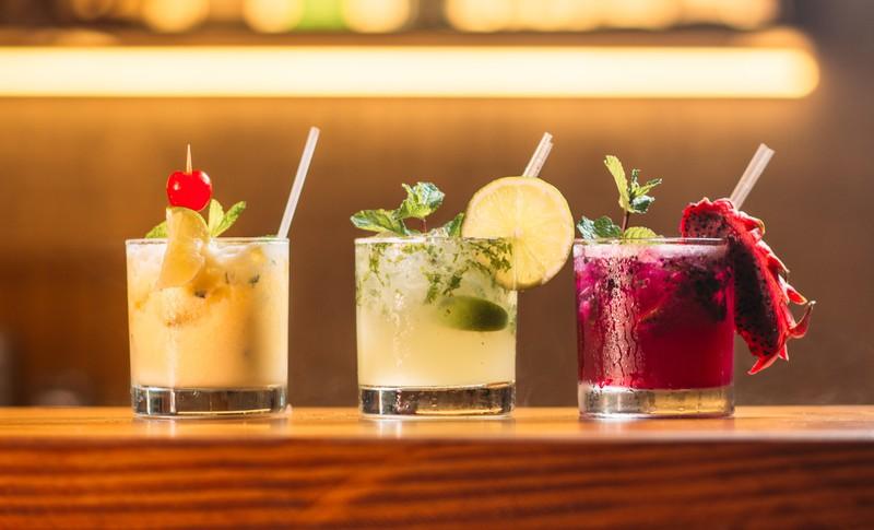 Um schlank im Urlaub zu bleiben sollte man nicht so viel Alkohol trinken