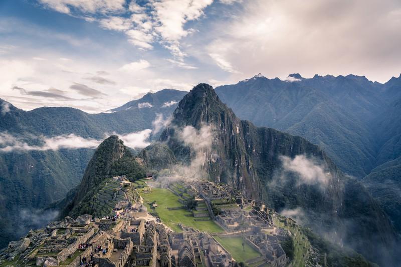 Ein Ort den man unbedingt gesehen haben muss ist das Weltwunder Machu Picchu