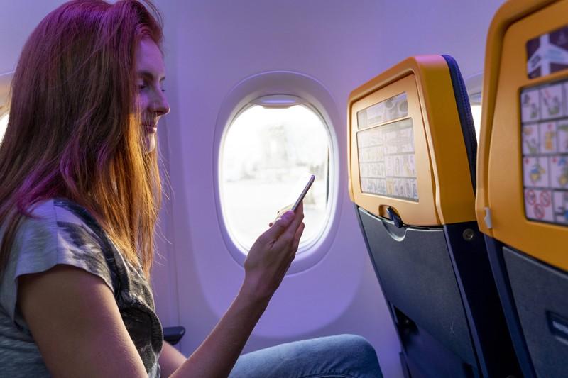 Man sollte im Flugzeug nicht mehr telefonieren