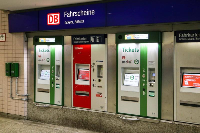 Fahrscheine, die jetzt unnötig sind, weil man die Fahrt nicht mehr antreten möchte - kriegt man sein Geld zurück?
