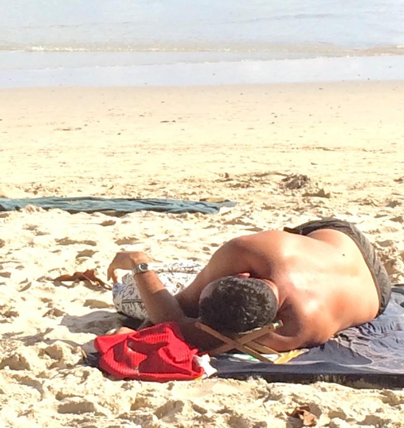 Die Strandliege ist ungewöhnlich.