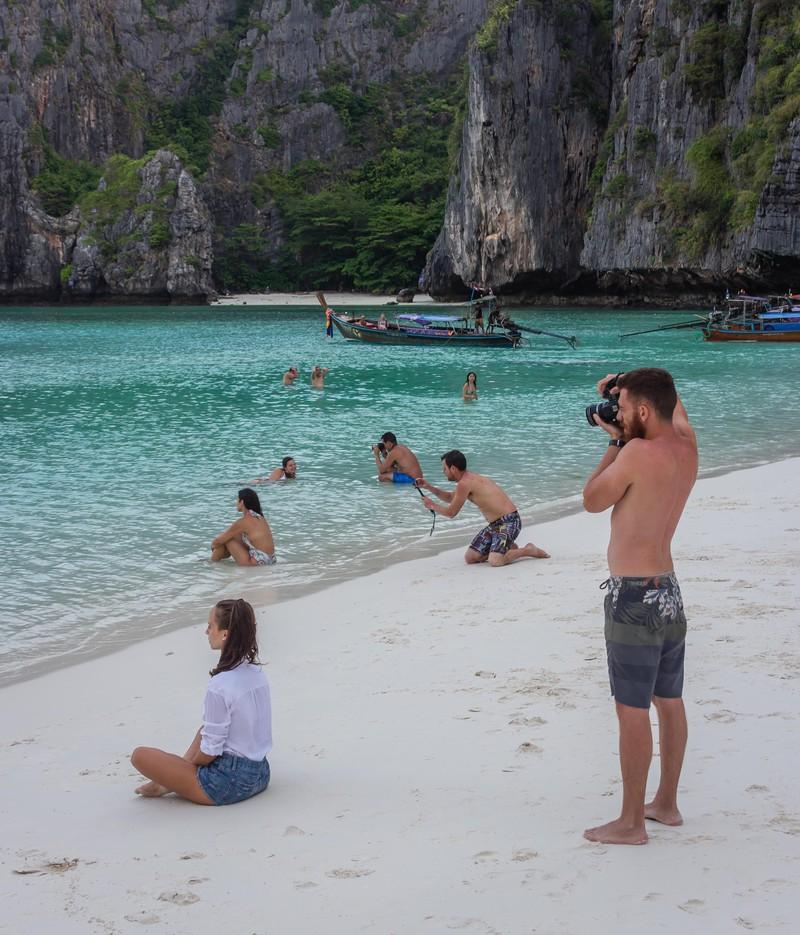 Merkwürdig, wenn man sieht, dass alle anderen dasselbe Bild am Strand machen.