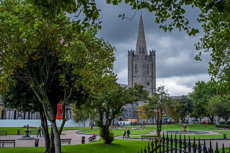 Die bekannte Kathedrale ist in der Hauptstadt Irlands zu finden.