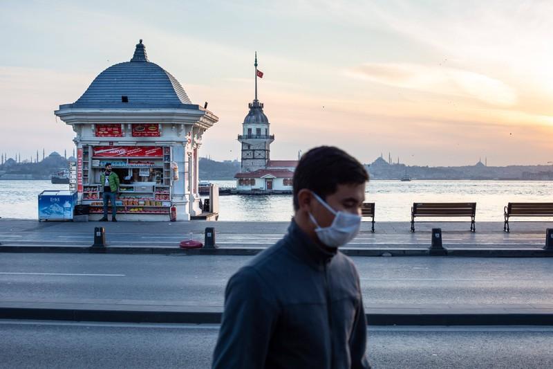 Die Maskenpflicht gilt in der Türkei auf Marktplätzen, in Supermärkten und öffentlichen Verkehrsmitteln.