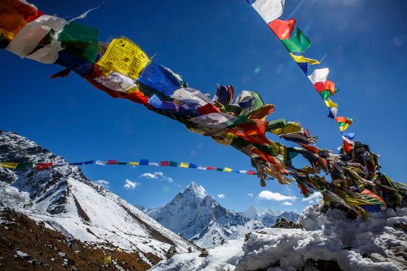Der Mount Everest ist der höchste Berg der Welt, das wissen alle Kinder