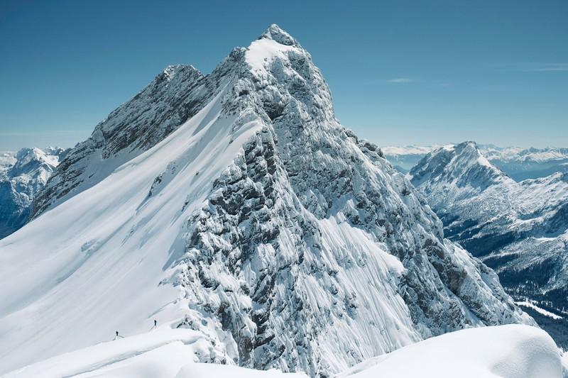 Die Zugspitze ist der höchste Berg Deutschlands, den man sich unbedingt ansehen sollte