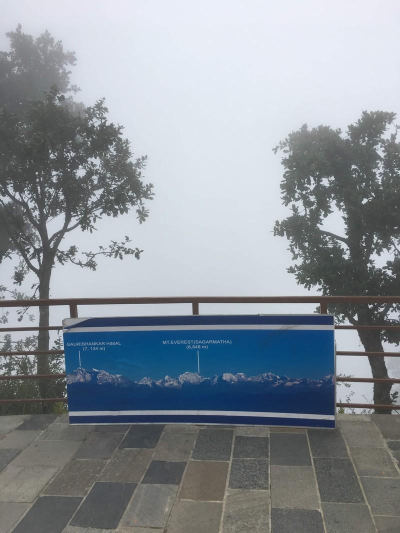 Der Mount Everest im Nebel ist ein echter Fail im Urlaub