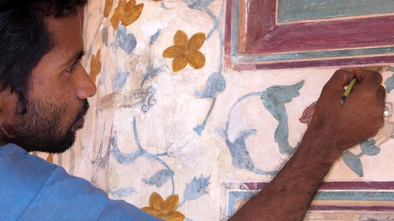 Wandmalerei auf feuchtem Kalkputz.