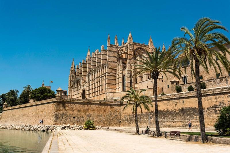 Die Lösung zum Urlaubsort ist Mallorca.