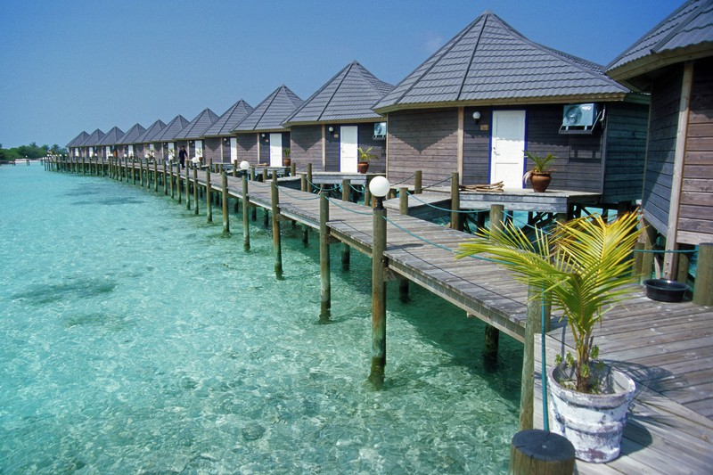 Auf den Malediven gibt es einige Wasserbungalow-Viertel.
